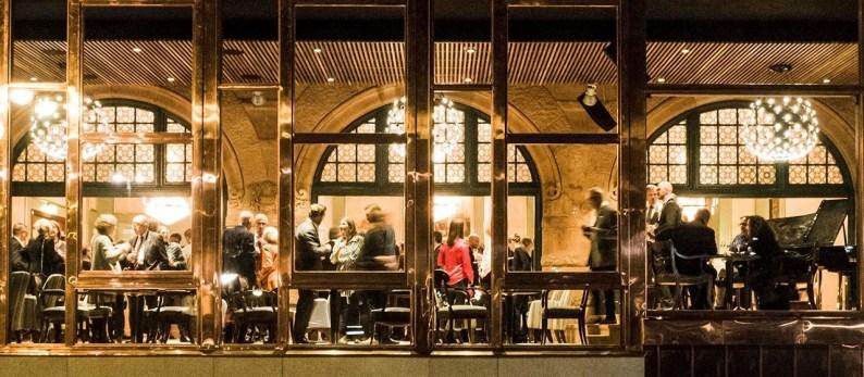 Ny, vacker fasad & utökad restaurangdel