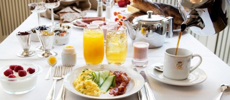 Frukostbuffé med högkvalitativa, lokala råvaror